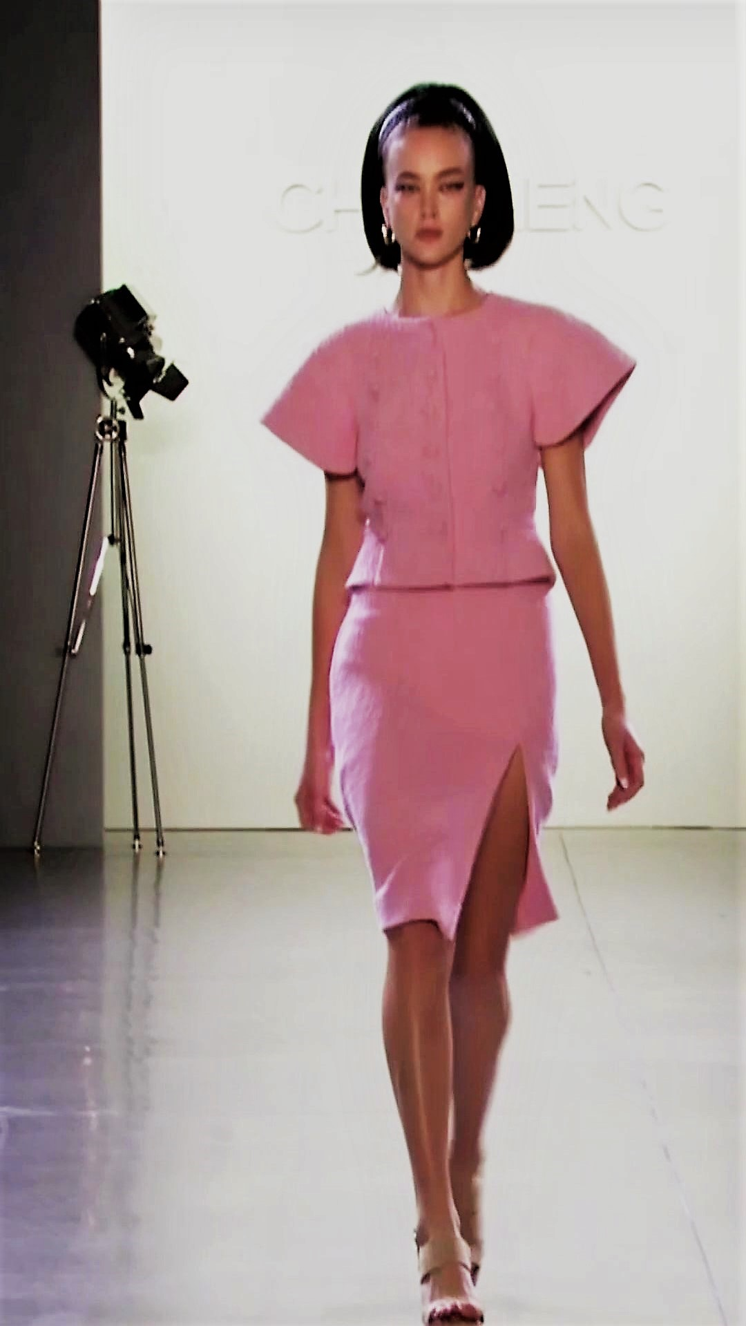 Portrait Fashion Show Video Download Vol 4